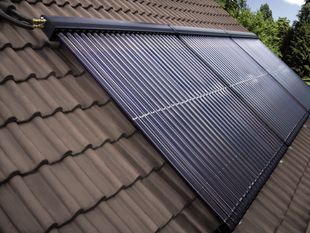 Solarkollektoren / Sonnenkollektoren zur Warmwasserbereitung